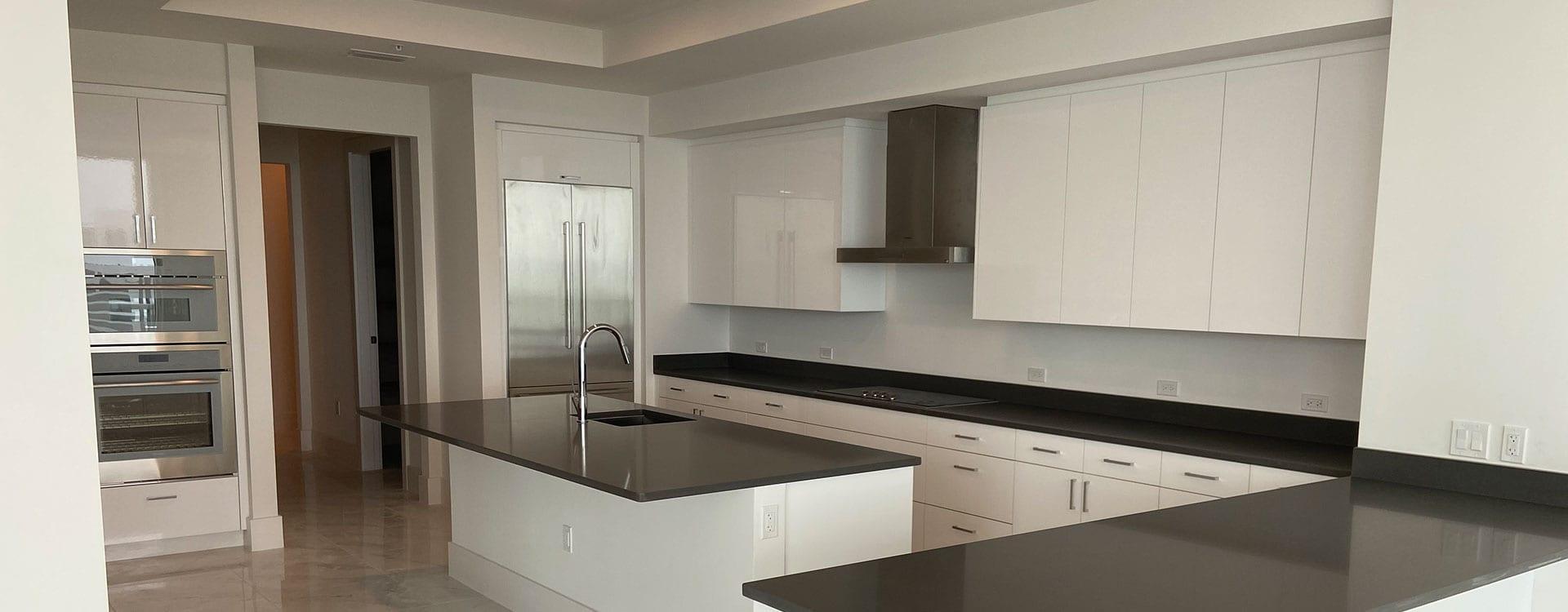 BLVD Residence 1102 Kitchen