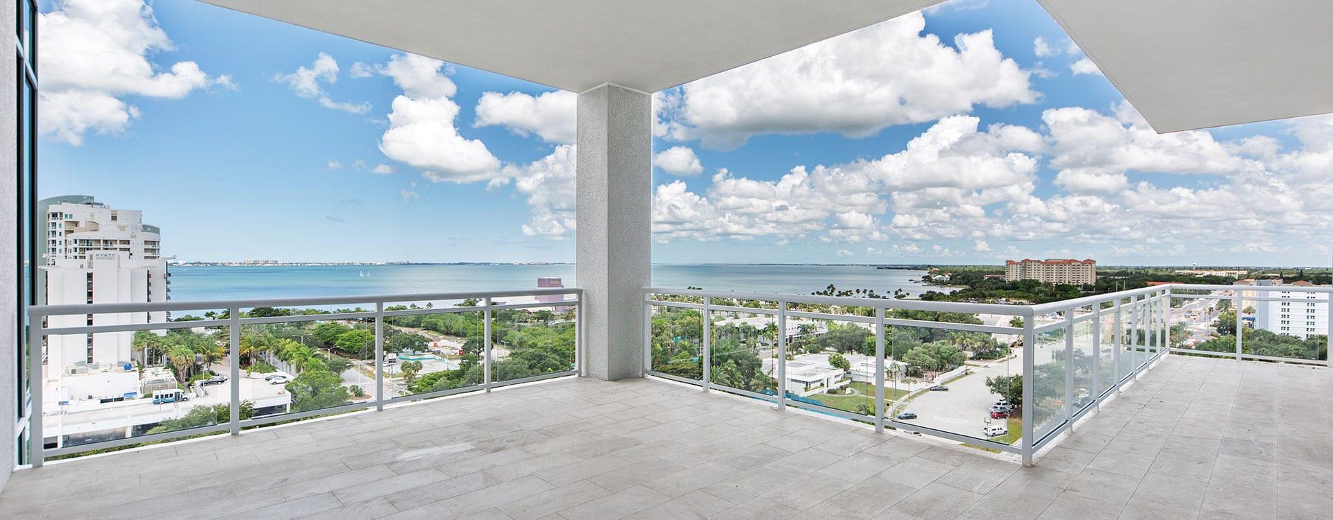 BLVD Sarasota Residence 1102 Terrace
