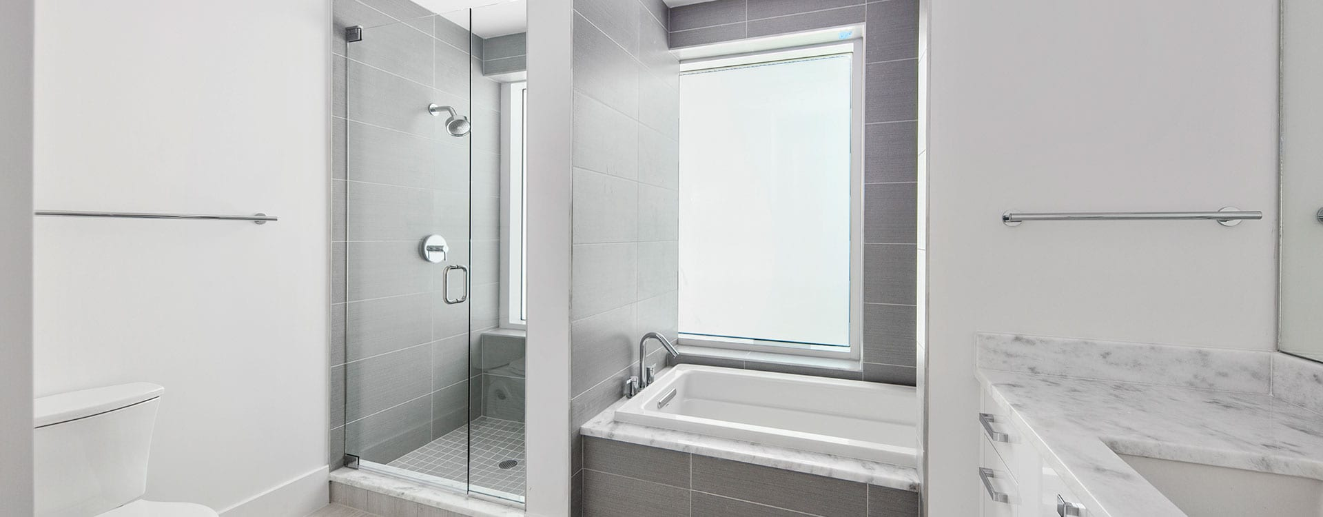 BLVD Residence 1204 Bedroom Bath