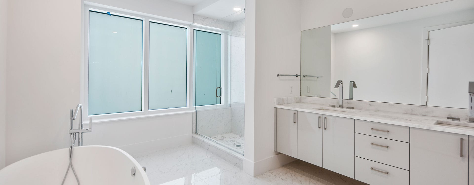 BLVD Sarasota Residence 803 Bathroom