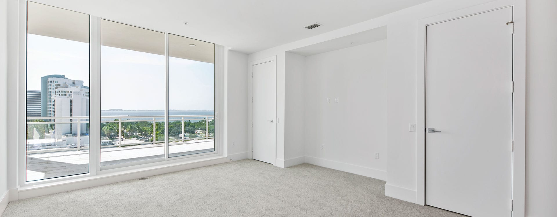 BLVD Sarasota Residence 803 Bedroom with a view