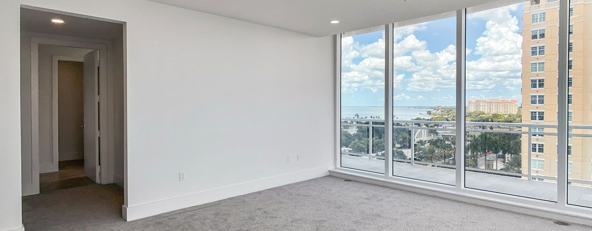 BLVD Sarasota Residence 901 Bedroom with a view