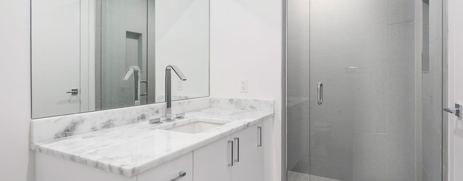 BLVD Residence 903 Bath