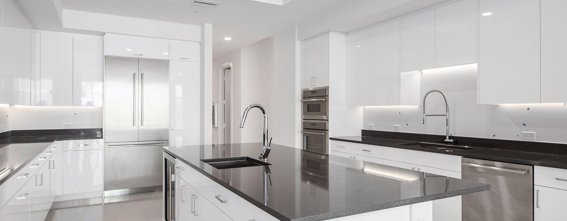 BLVD Residence 903 Kitchen