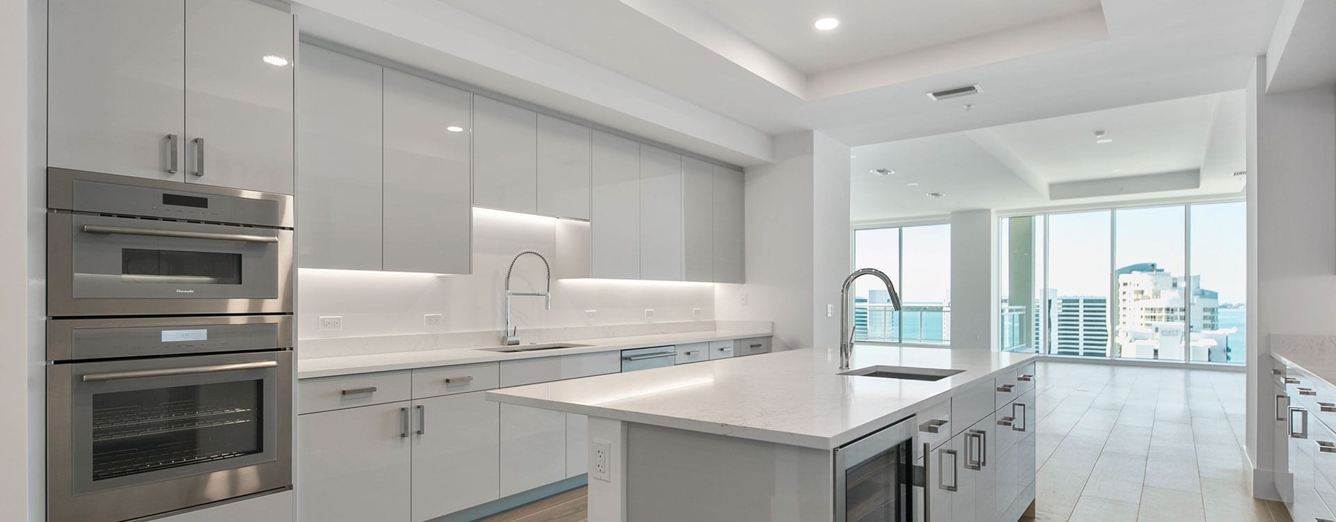 blvd sarasota residence 1503 kitchen